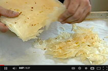 V_How-to-Make-Phyllo-Crumbles
