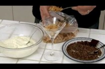 How to Make an Elegant Ricotta & Chocolate Dessert