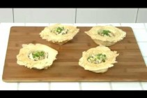 How to Make Cuban Chicken in Phyllo