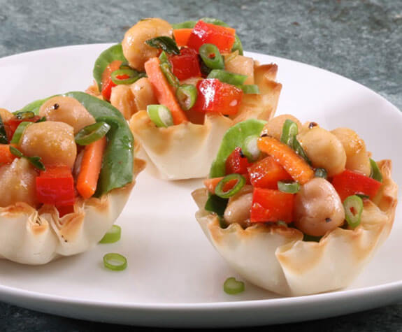 Mini Curried Chickpea Salad Phyllo Cups
